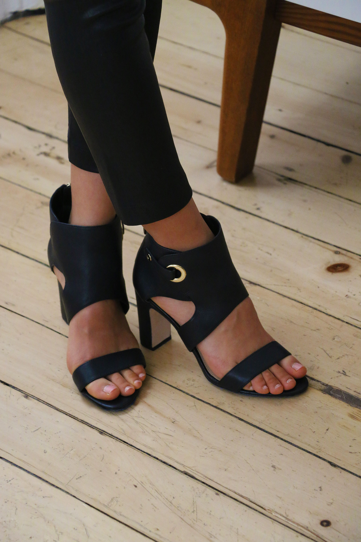 Tanger Outlets_Black Heels