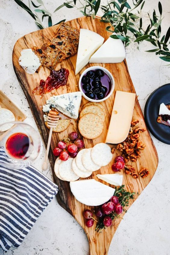 Tanger Outlets_Cheese Board