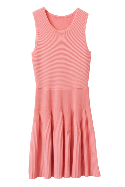 Tanger Outlets Karen Millen pink sleeveless mini dress